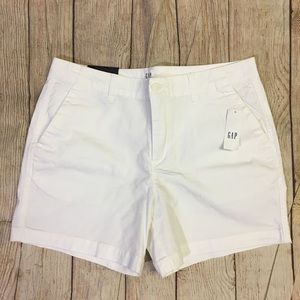 "GAP White 5"" City Cotton Twill Short Size 6"
